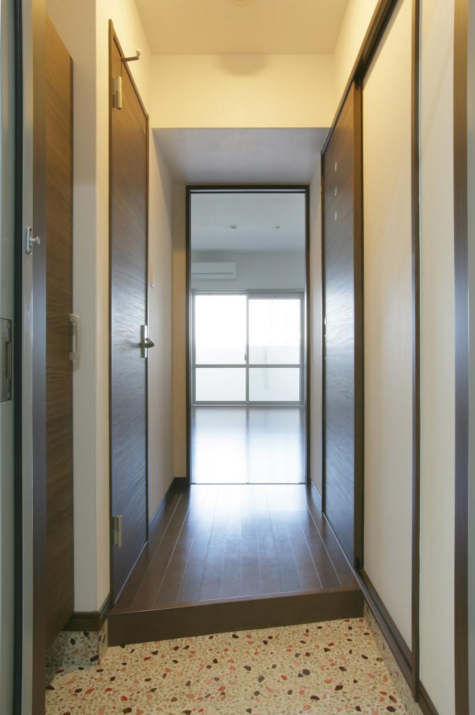 14 住戸B-玄関